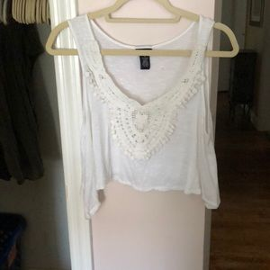 Tops - Cropped swing white tank with crochet detail